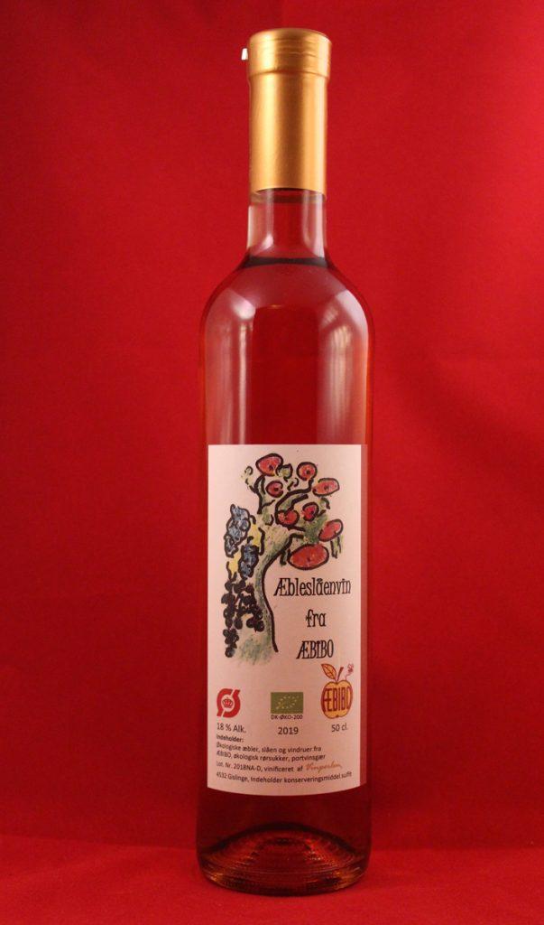 Æble slåen vin fra Æbibo i Stenlille